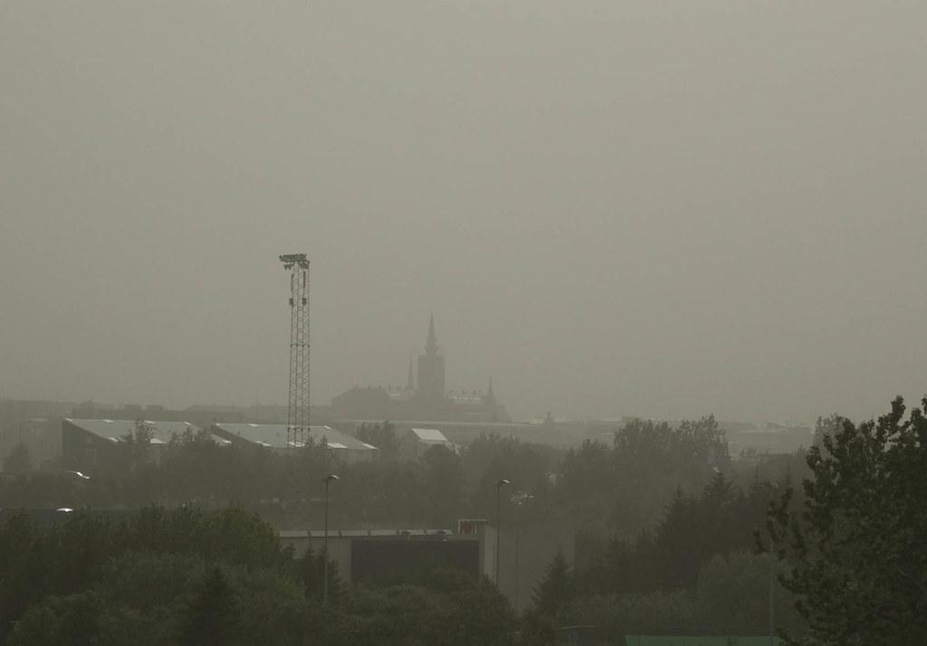 Volcanic ash falling on Reykjavík