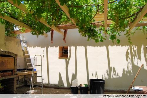 ausbessern und malen der fassade flickr photo sharing. Black Bedroom Furniture Sets. Home Design Ideas