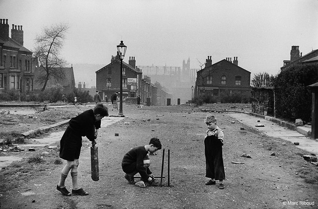 Leeds, by Marc Riboud 1954