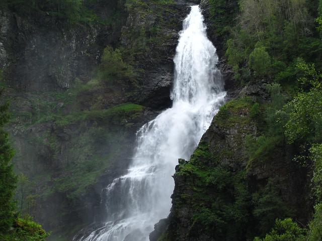 fjords valleys waterfalls norway nutshell