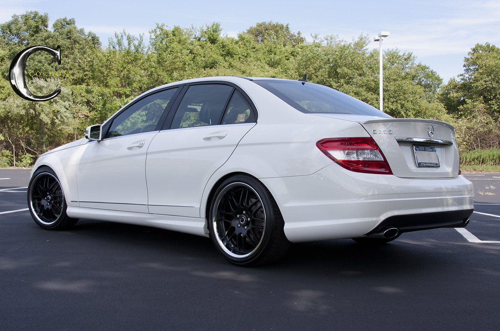 My cordon swag white benz on black rims mercedes c300 for Mercedes benz c300 rims