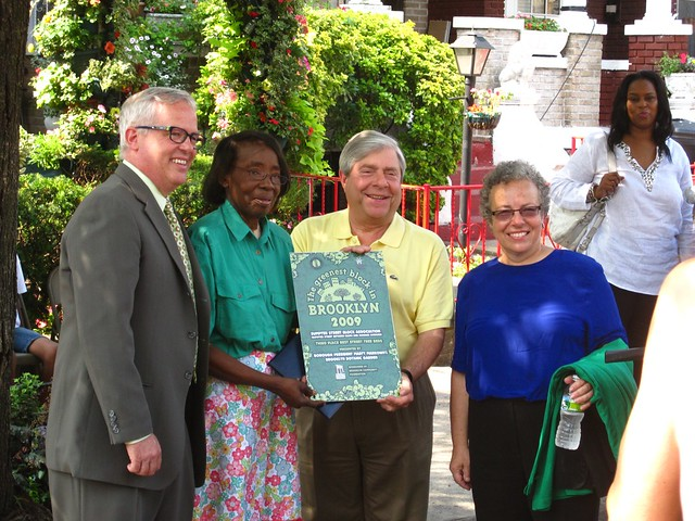 BBG president Scot Medbury, Brooklyn Borough President Marty Markowitz and Brooklyn Community Foundation president Marilyn Gelber with Olivia Avery, the president of the Vanderveer Place Block Association, winners of the 2010 Greenest Block in Brooklyn.