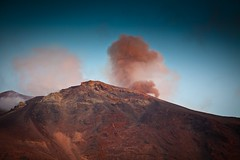 types of volcanic eruptions(0.0), cloud(0.0), sunrise(0.0), mountain(1.0), volcano(1.0), summit(1.0), dawn(1.0), mountainous landforms(1.0), volcanic landform(1.0),