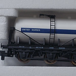 Lima 6 Wheeled United Dairies Tanker