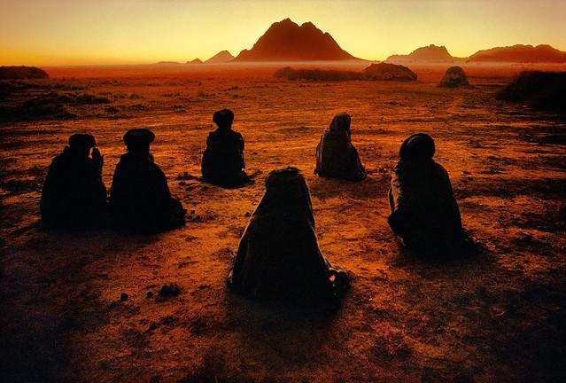 Kuchi Nomads, Kandahar, Afghanistan, by Steve McCurry 1992