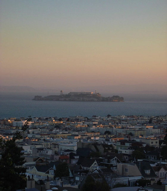 sunrise on Alcatraz and The Marina, 110309 pov Pacific Heights
