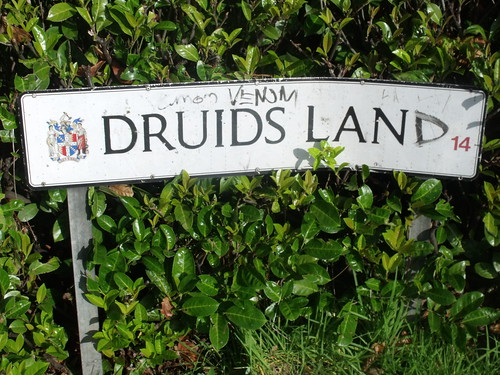 Druids Land (Druids Lane) - sign in the Maypole