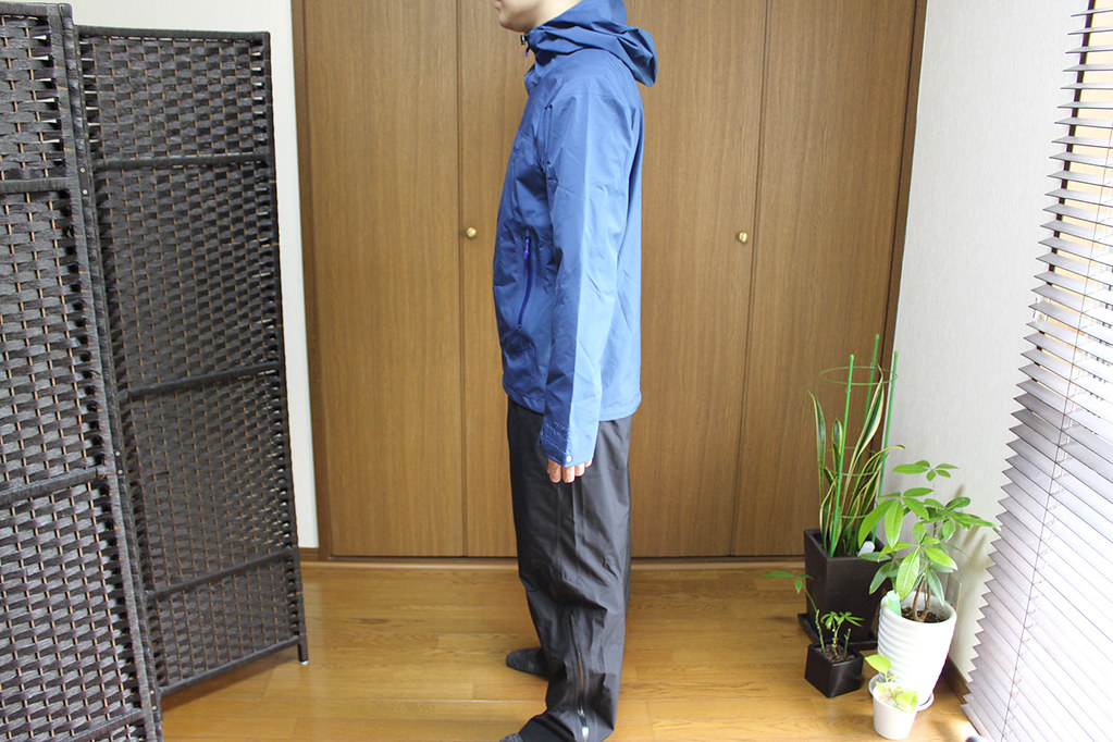 Marmot Comodo Jacket and Pant 横から