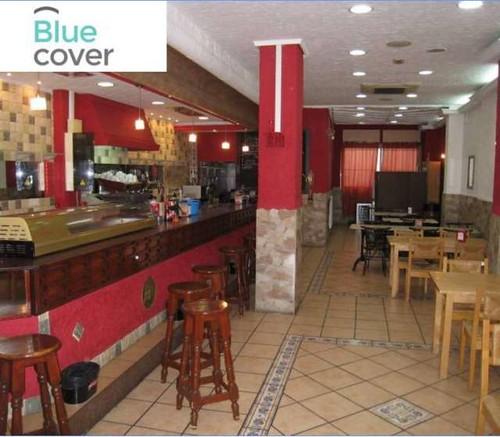 local comercial de 130 m2 totalmente reformado, y equipado como bar. Infórmese sin compromiso en su agencia inmobiliaria Asegil. www.inmobiliariabenidorm.com