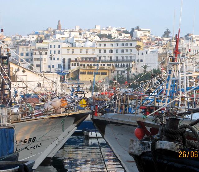 Du port tanger ville vue sur le continental flickr for Piscine du port marchand