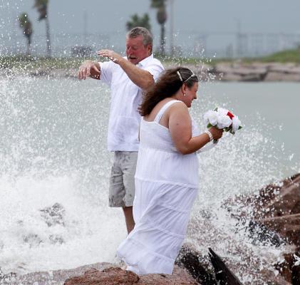 Wedding vows in a splash