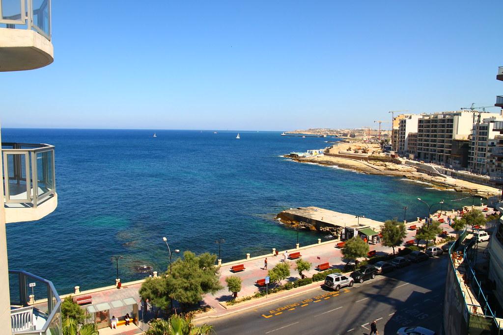 76/365 Preluna Hotel, Sliema Malta.