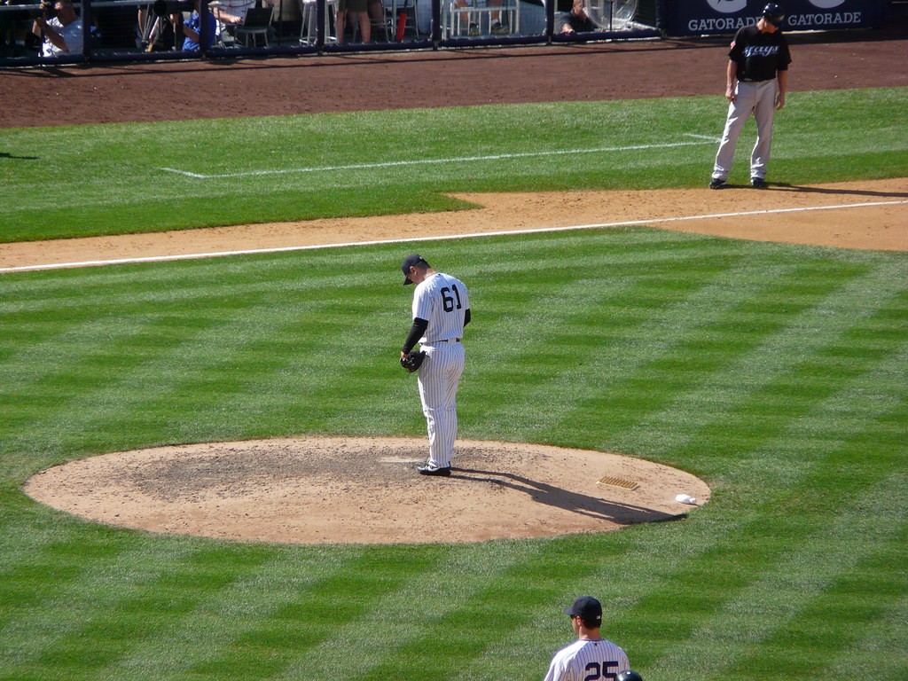 Chan Ho Park takes the mound