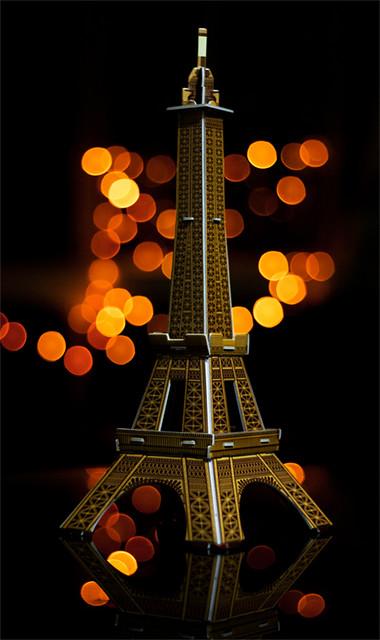 Eiffel hoa lệ