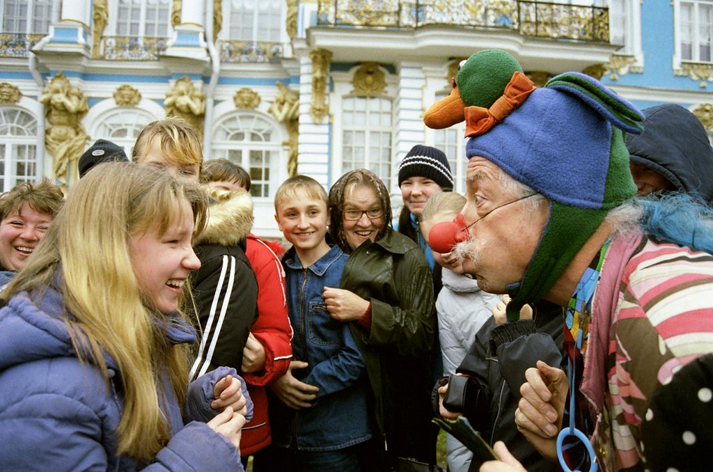 Patch Clowning 1(John Glick/Russia Clown Trip 2004)
