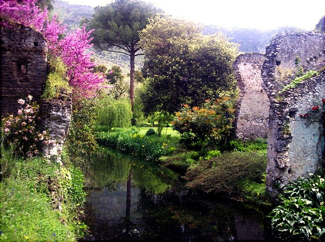 giardino di ninfa giardino di ninfa cisterna di latina se flickr photo sharing. Black Bedroom Furniture Sets. Home Design Ideas