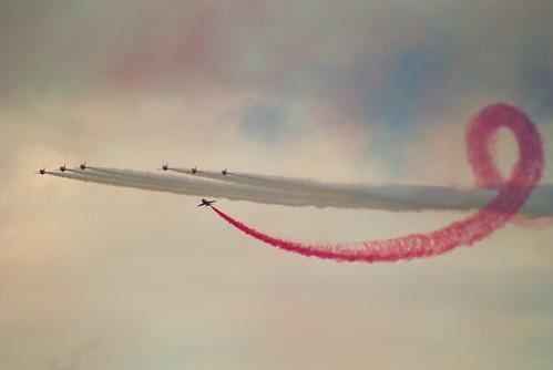 Red arrows - 無料写真検索fotoq