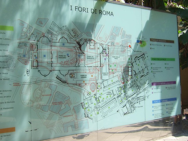 Rome, Visitor Center Imperial Fora (2009): Plan of the Imperial Forums (in black), with the current ruins, excavations, and the Via dei Fori Imperiali (in red).