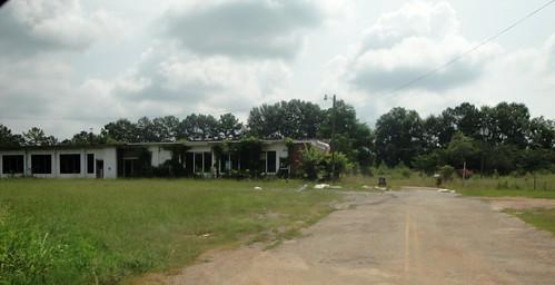 school abandoned georgia gia upsoncounty segregated yatesville cunninghamjuniorhigh