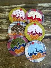 apoio para as canecas by Leda Prata - Costurando Cores