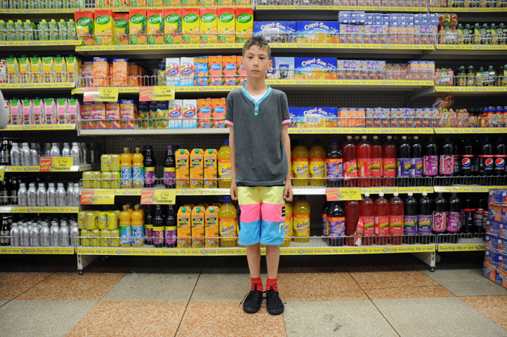 kid in pound store_6358 web