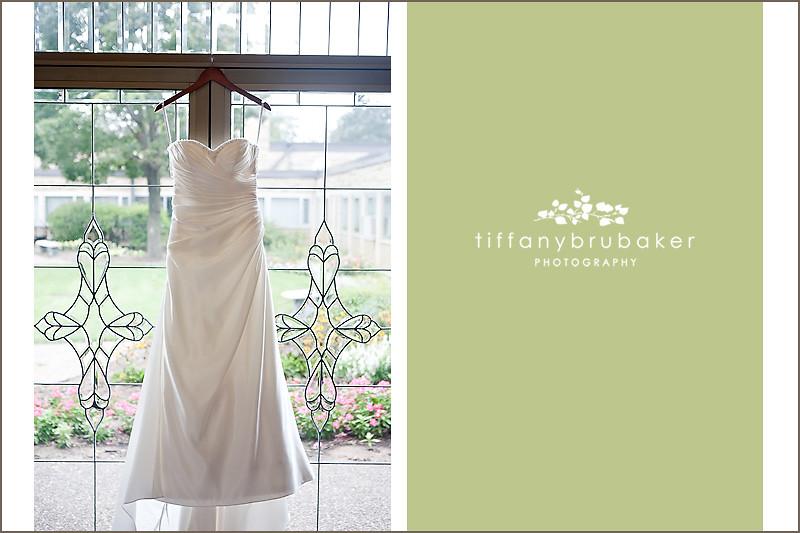 Matt elizabeth s wedding la crosse wi wedding for Wedding dresses la crosse wi