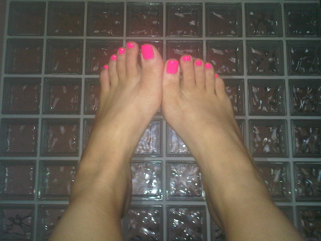 Hot Pink Toes On Glass Block Wall So 80s Flickr