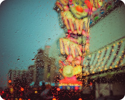 water rain nikon bokeh nevada signage reno waterdroplets circuscircus lightroom d90 twtmeiconoftheday nikkorvr18105