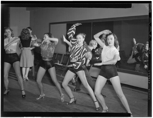 [Dancers, Nola's, New York, N.Y., ca. Feb. 1947] (LOC)