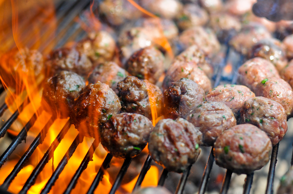 Meat Tips: How to Control Flare-ups
