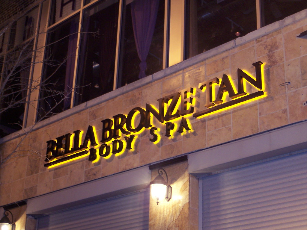 Lighted Business Signs Chicago