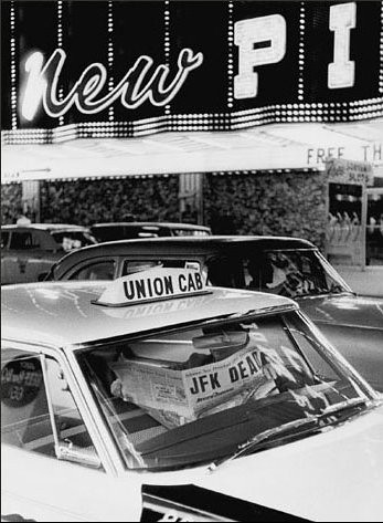 Taxi driver with newspaper announcing assasination of JFK, Las Vegas, by Thomas Hoepker 1963