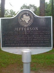 Photo of Thomas Jefferson black plaque