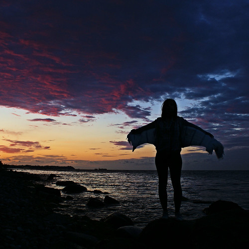 light sunset sea people nature silhouette night evening abend licht meer sonnenuntergang nacht poland polska balticsea polen ostsee 2010 pommern afterglow sopot abendrot gdynia pomorskie sonyalpha200