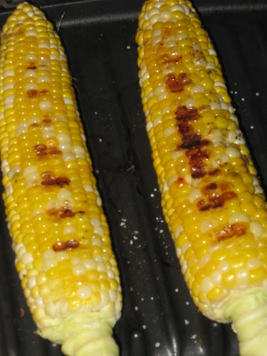 Grilling Corn with George Foreman (04)