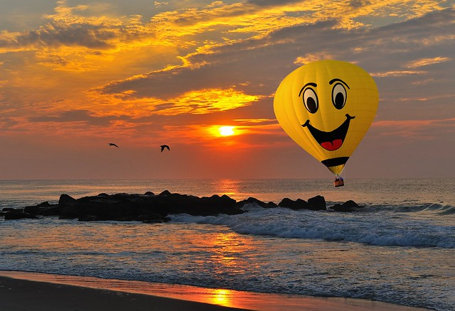 Sunrise and Balloon- Yay landing on the beach! :)