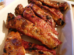 buffalo wing(0.0), fried food(0.0), pork ribs(0.0), hendl(0.0), tandoori chicken(0.0), produce(0.0), spare ribs(1.0), pork(1.0), roasting(1.0), grilling(1.0), barbecue chicken(1.0), meat(1.0), food(1.0), dish(1.0), cuisine(1.0), grilled food(1.0),
