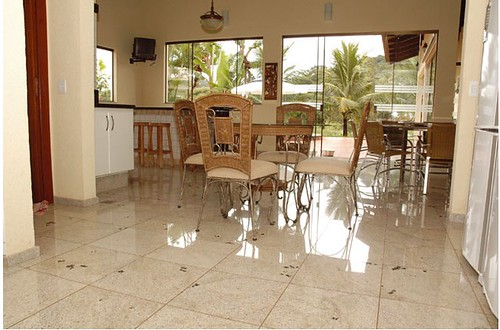10 id ias para o piso de granito na sala vsb piso de granito for Jarrones de piso para sala