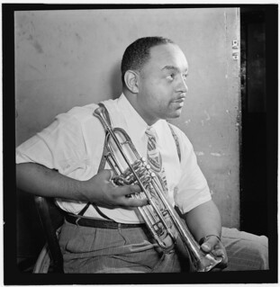 [Portrait of Benny Carter, Apollo Theatre, New York, N.Y., ca. Oct. 1946] (LOC)