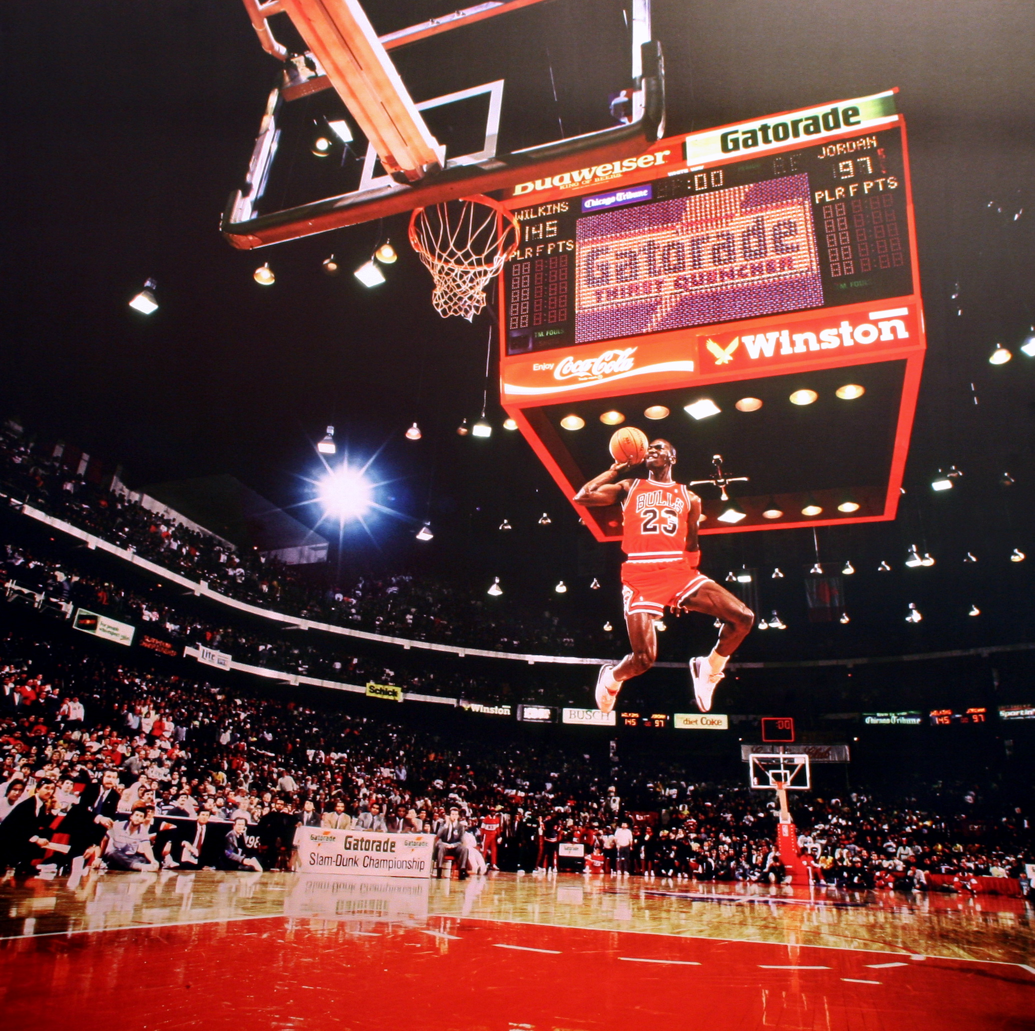 Knight Basketball Player Wallpaper: Michael Jordan, Slamdunk Contest, Chicago, IL