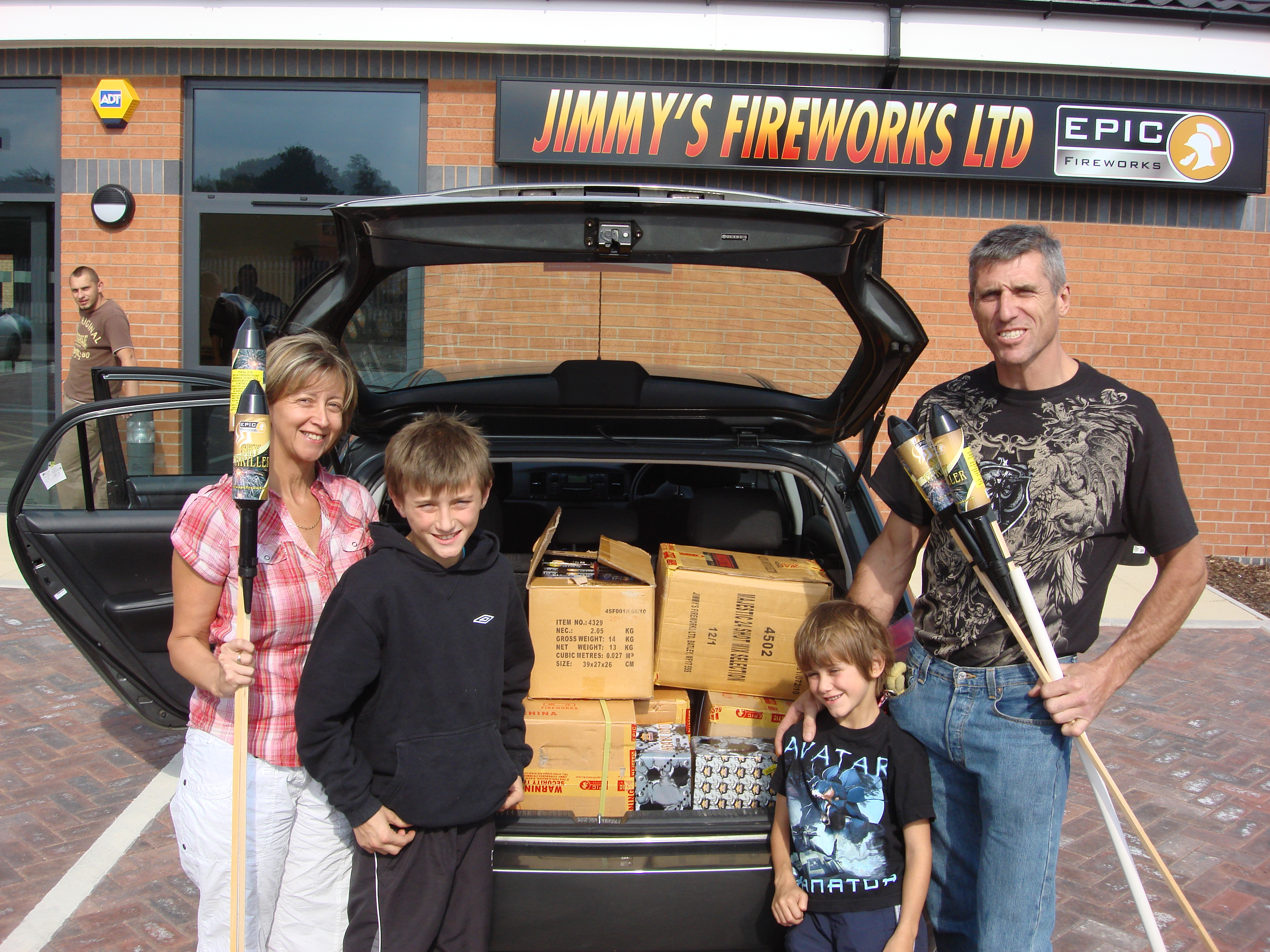 Epic Fireworks - Family Day Out At The Biggest and Best Fireworks Shop In The Country