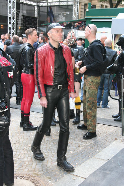 leather duesseldorf escort