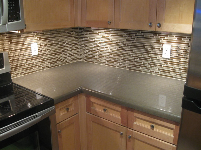 Kitchen Countertop Backsplash Or No Backsplash