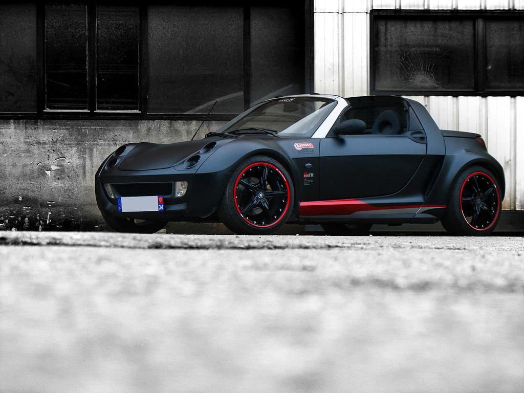 "Matte Black Smart Roadster ""Smirnoff"" by ood'X Racing"