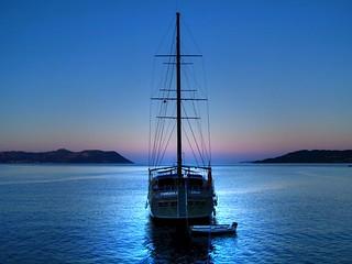 Boat in the night.