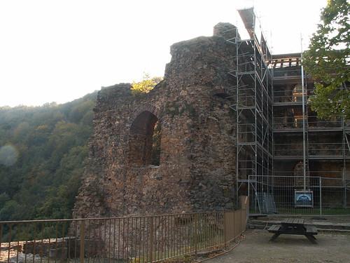 Erstklassiges Baumaterial der Burg Tharandt mit Gerüst für Jagdschloss Grillenburg 198