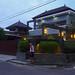 Salah satu dari banyak rumah mewah pemiliknya tidak di Mangkubumen. : One of many luxury houses that are second homes for the owner.  Photo by Aditya