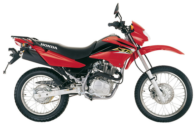 Xr125 http://www.flickr.com/photos/50523210@N08/5083148592/