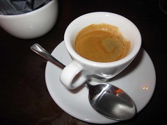 espresso, cappuccino, flat white, cup, hong kong-style milk tea, salep, cortado, coffee milk, caf㩠au lait, coffee, ristretto, coffee cup, caff㨠macchiato, caff㨠americano, drink, latte, caffeine,
