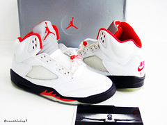 Sunshining7 - Nike Air Jordan V (5) - Retro 99 - White Fire Red b6a72205cc
